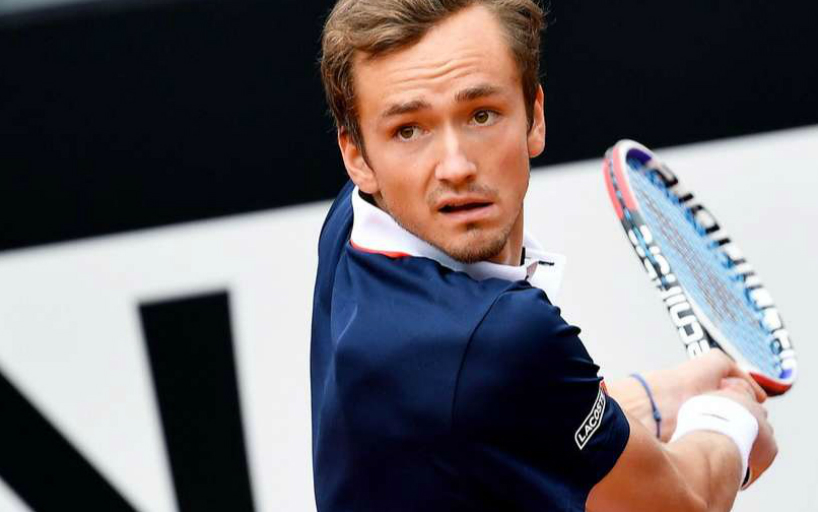 Daniel Medvedev became the quarter-finalist of the tournament in London_5d0bb16b3a679.jpeg