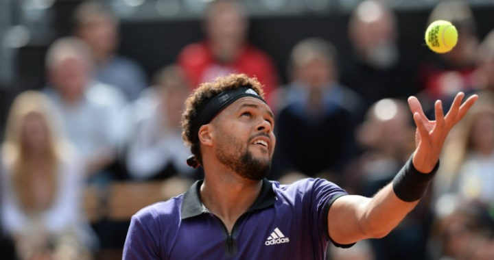 Halle. Jo-Wilfried Tsonga won at the start