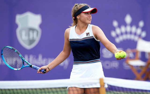 Sofia Kenin completed her performance in Eastbourne.