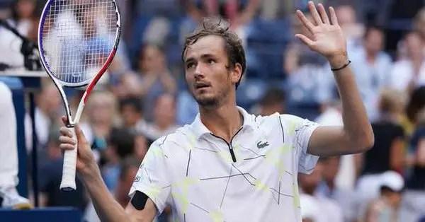 Stan Wawrinka vs. Daniil Medvedev   US Open 2019 Quarter-Final Highlights