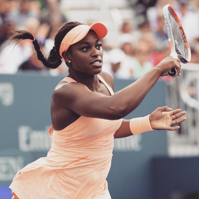 Sloane-Stephens on court