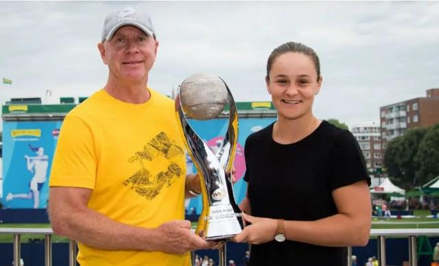 Ashleigh-Barty-with-coach Craig Tyzzer