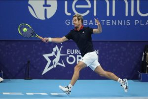 Richard Gasquet: The new calendar is completely insane