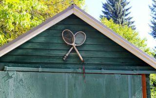 tennis-tourist-rossland-british-columbia-tennis-club-racquets-on-clubhouse-teri-church