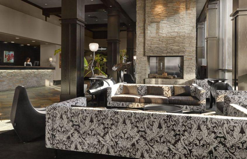 tennis-tourist-Hotel-Arts-Calgary-courtesy-Hotel-Arts-Group-fireplace-lobby