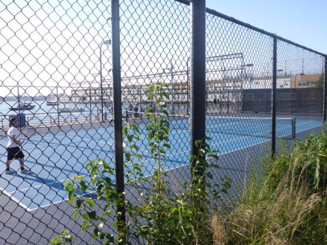 tennis-tourist-new-york-hudson-river-park-tennis-courts-teri-church