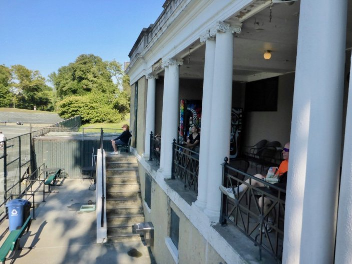 tennis-tourist-new-york-central-park-tennis-clubhouse-teri-church