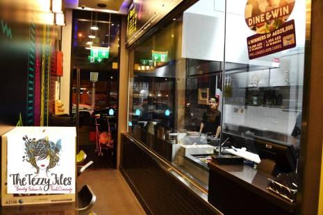Prax's Dubai Jumeirah Beach Road review by The Tezzy Files Dubai food blogger lifestyle blog (2)