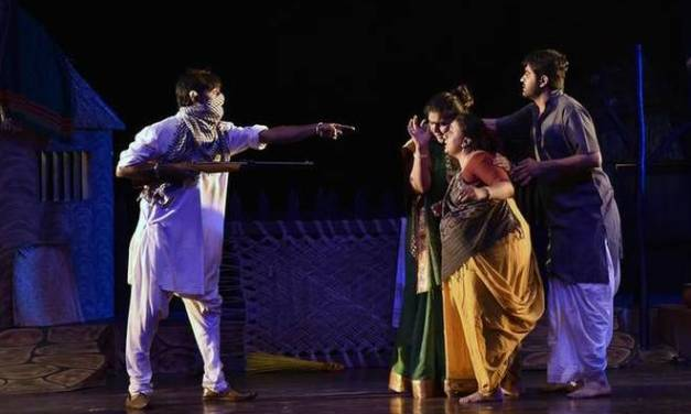 """The Making and Breaking of a Tyrant: """"Dhaad"""" New Play from India"""