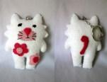 white-cat-keyring_5582638589_o
