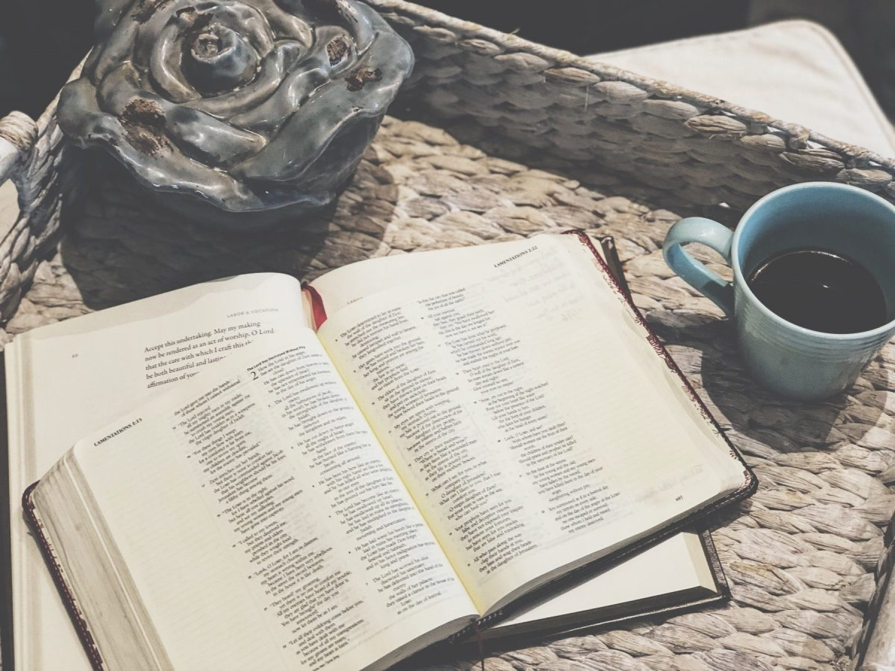 6 Important Principles For Fostering Family Devotions