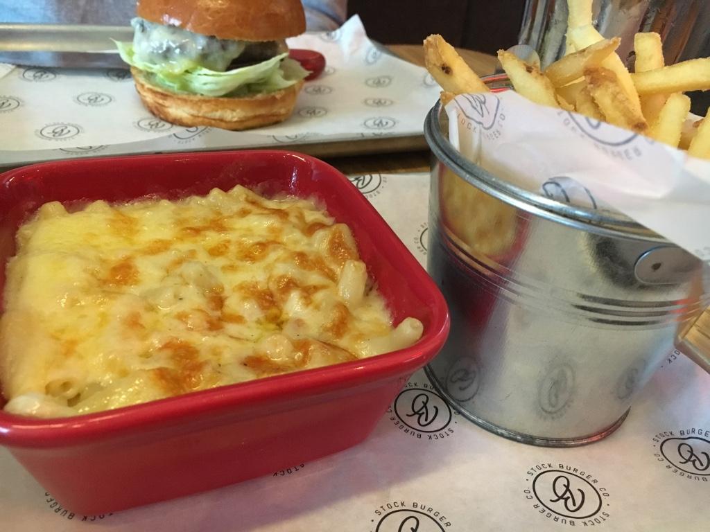 Mac and cheese, skinny fries