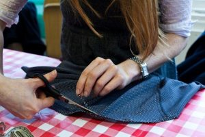 Modern Make Do and Mend! – Learn simple clothing alterations @ The Thrifty Stitcher