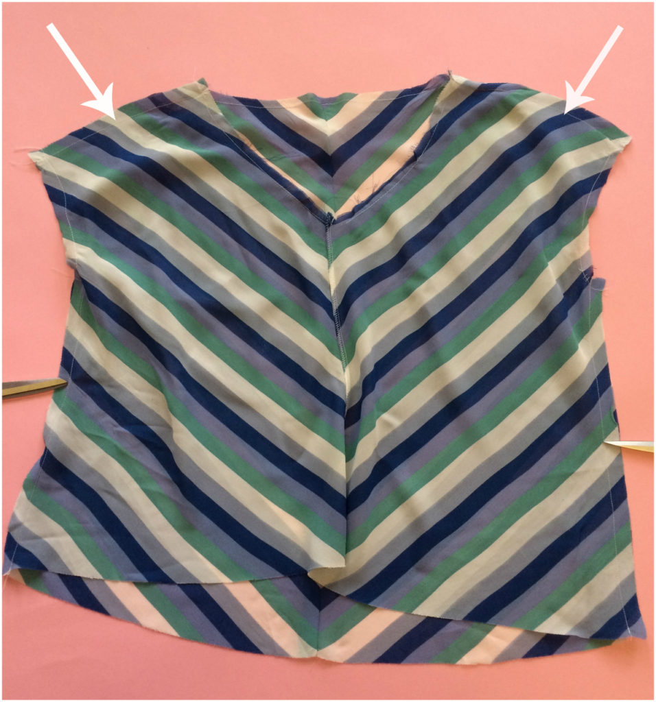 joining the shoulders and the sides #GBSB chevron top