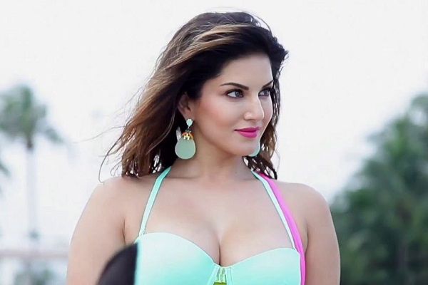 Top 10 Most Hot Indian Women Alive In 2019