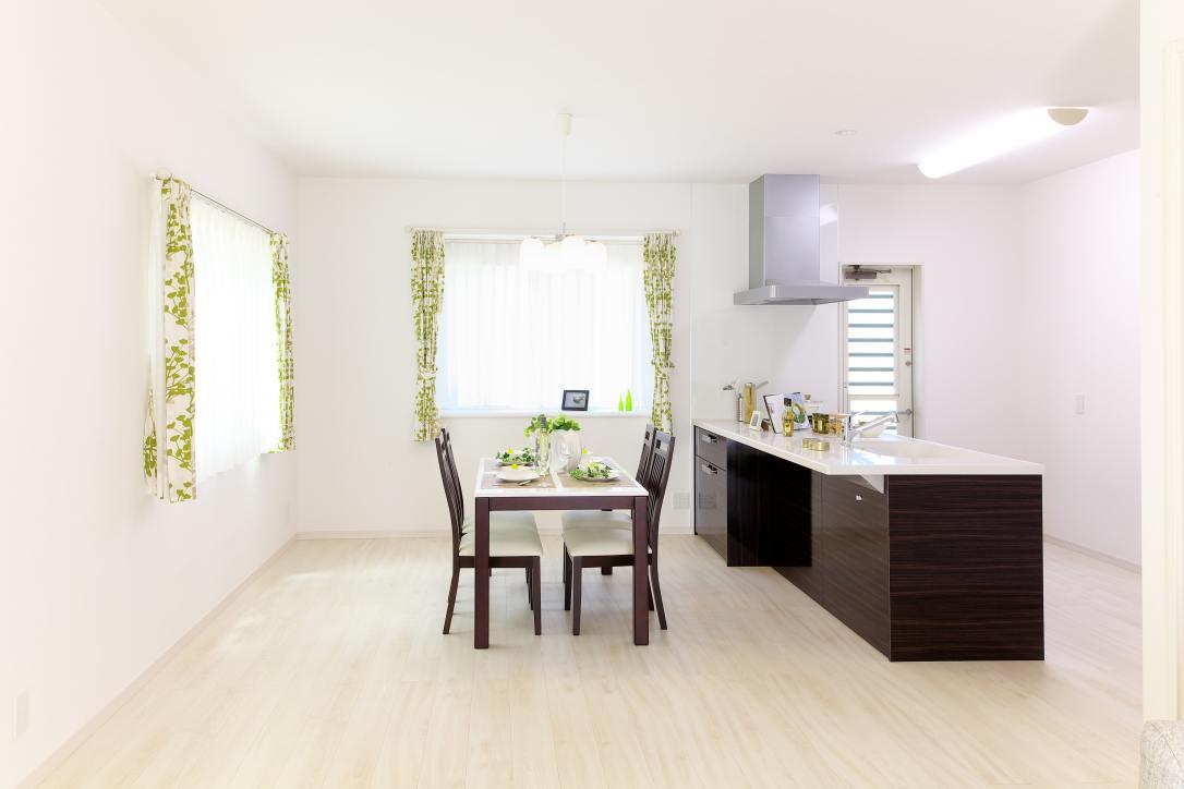 apartment-architecture-ceiling-271647