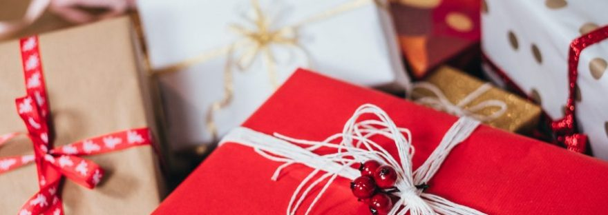, Christmas Post! Rena And The Unwanted Gifts., The Tidy Lady, The Tidy Lady