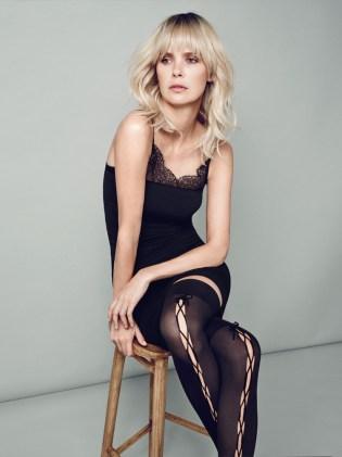 lace_socks