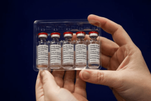 After South Africa pauses rollout, Global health officials support AstraZeneca's COVID-19 vaccine
