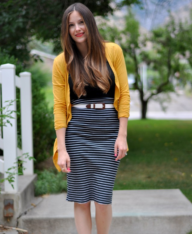 striped-pencil-skirt