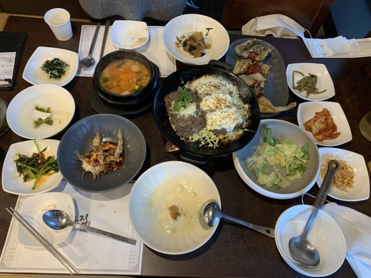 Do in Damyang a huge array of dishes to eat