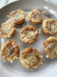 Cheesy and Savory French Onion Soup Bites