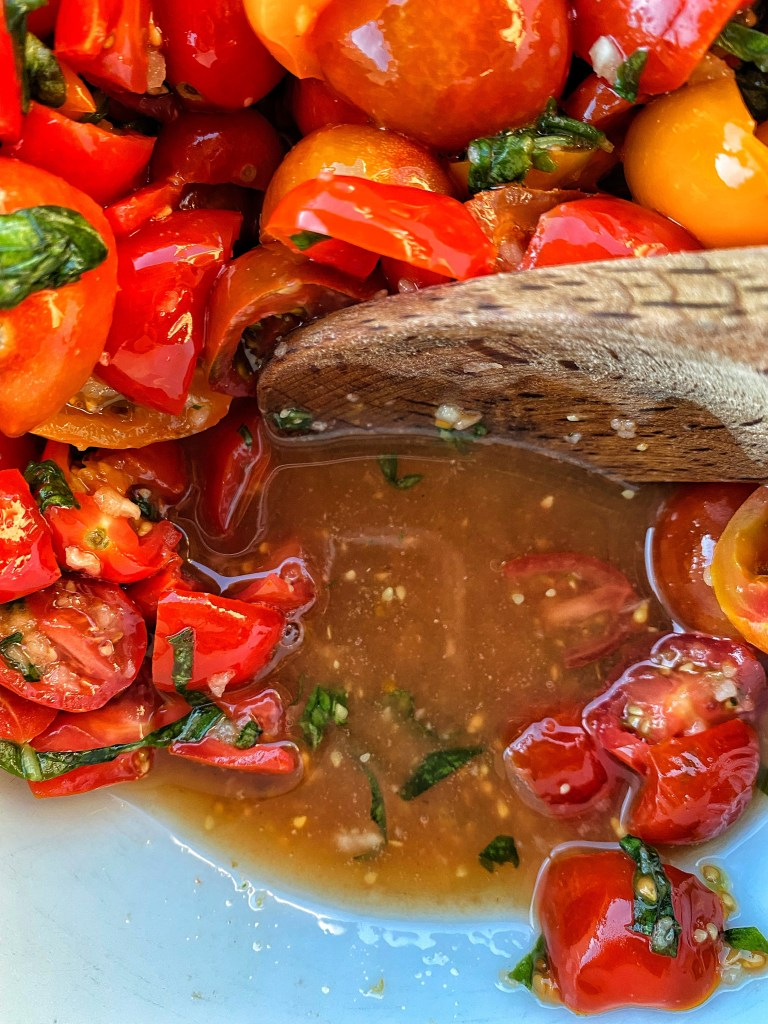 the tomatoes combined with the salt make a delicious tomato juice that will soak into your pasta.