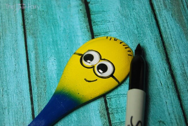 Make easy Minion Spoon Puppets and find #The7thMinion! #ad   The TipToe Fairy