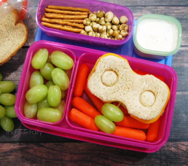 Robot Lunch Box Art - make a Robot Sandwich for your kids! #ad   The TipToe Fairy