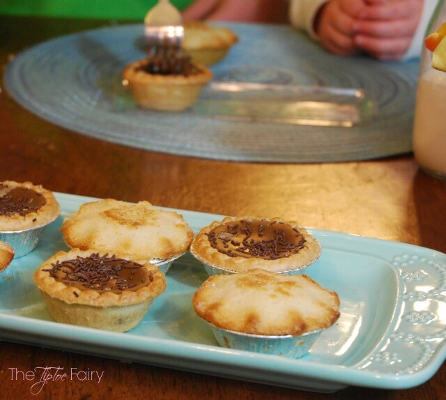 Mr Kipling Pies - the perfect #dessert for #holidays or anytime! AD #TryThePie | The TipToe Fairy