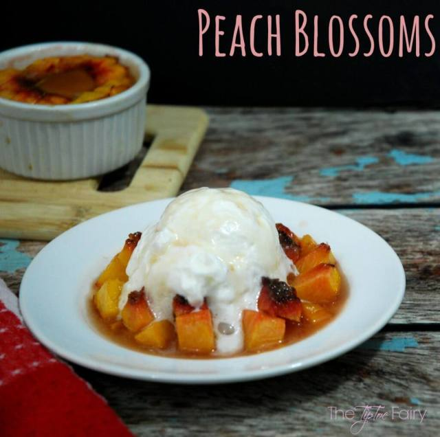 Peach Blossoms - an easy dessert that tastes amazing! Perfect for weeknights! | The TipToe Fairy