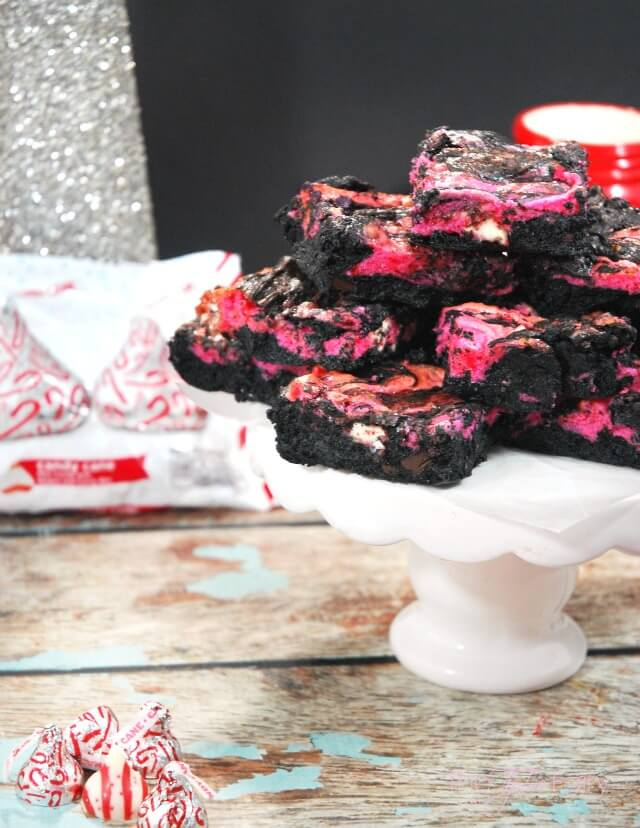 Peppermint Kiss Cheesecake Swirl Brownies - dark chocolate and mint combine in these rich and creamy brownies for a decadent dessert! #ad #NewTraditions | The TipToe Fairy