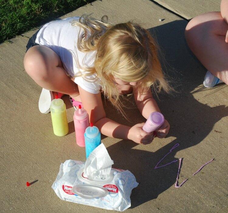 Foam Sidewalk Paint is so much fun!