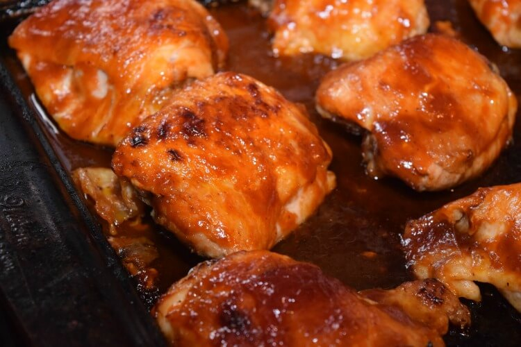 Dinner tonight! 3-ingredient Easy Baked BBQ Chicken Thighs! #yum #food #foodie