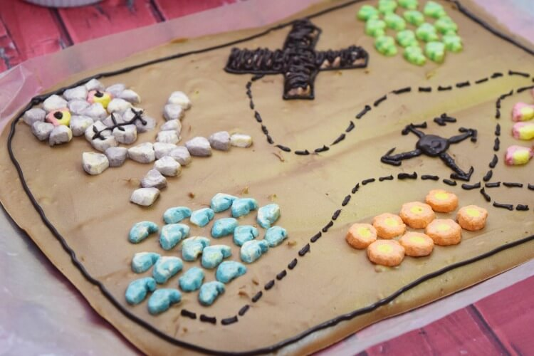 Make this Pirate Treasure Map Candy Bark! Perfect for party treats! #ad #PostCerealCreations