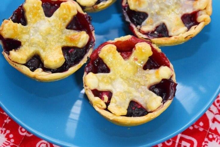 TEENY TINY Very Berry Cream Cheese Pies