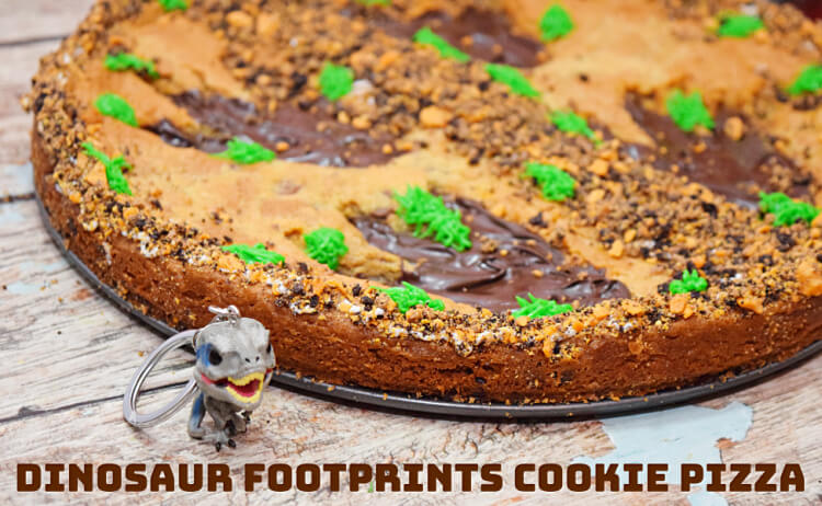 Dinosaur Footprints Cookie Pizza for movie watching with Jurassic World: Fallen Kingdom