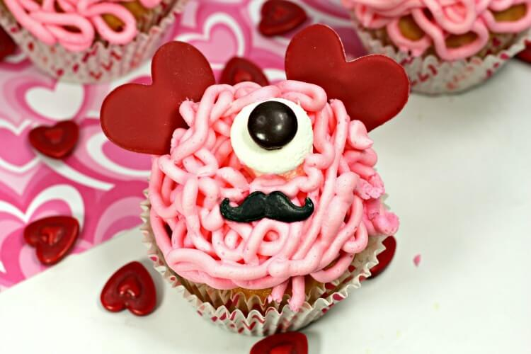 Love Bug Monster Valentine Cupcakes are so cute!