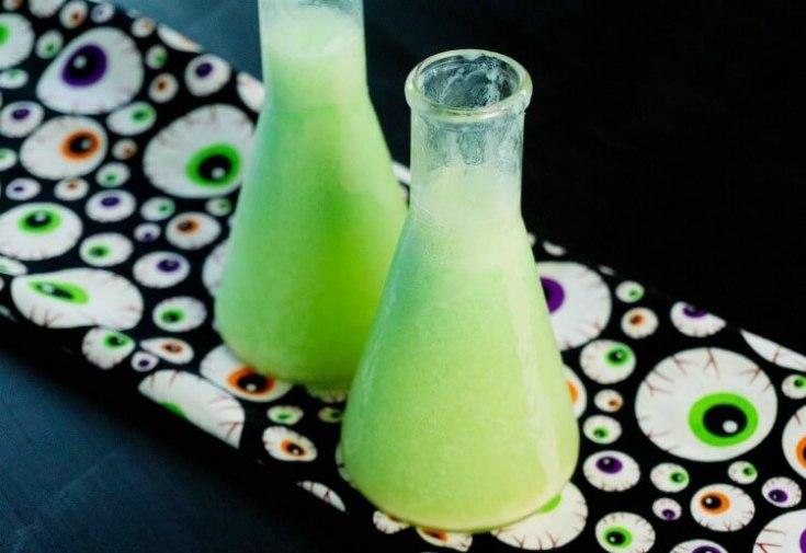 Halloween Drinks: Toxic Tonic