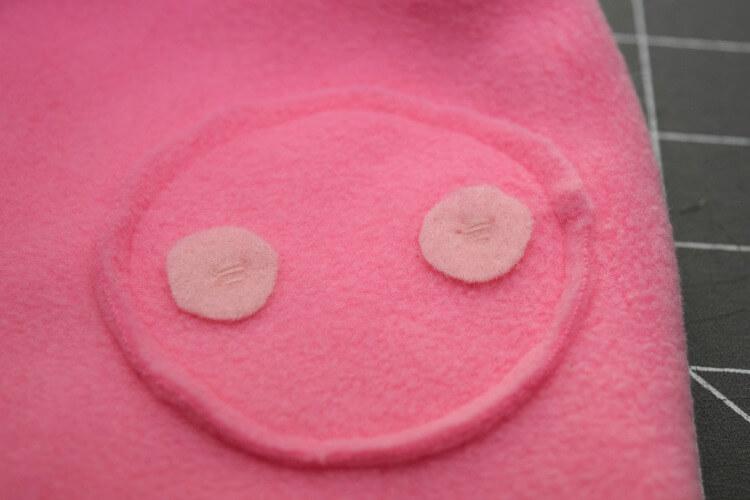 DIY Fleece Peppa Pig Hat & Halloween Costume | The TipToe Fairy