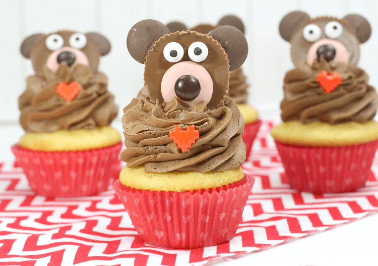 Valentine Bear Cupcakes made with peanut butter cups!