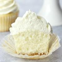 Easy White Cupcakes