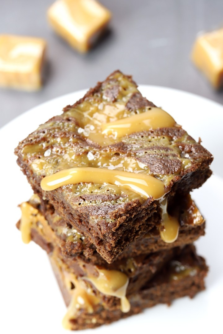 Caramel dripping from a brownie.