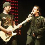 bono-sings-as-the-edge-plays-his-fender-guitar
