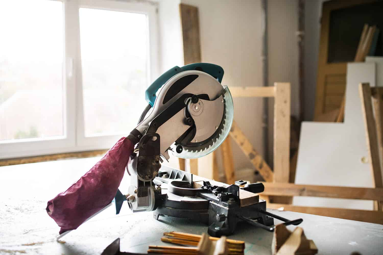 Best Cordless Miter Saw Of 2020 Complete Review With Comparison The Tool Scout