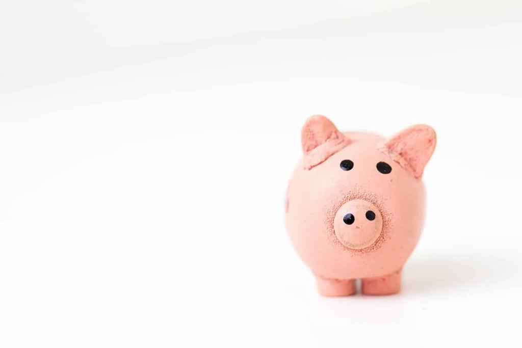 piggy bank, wedding budget