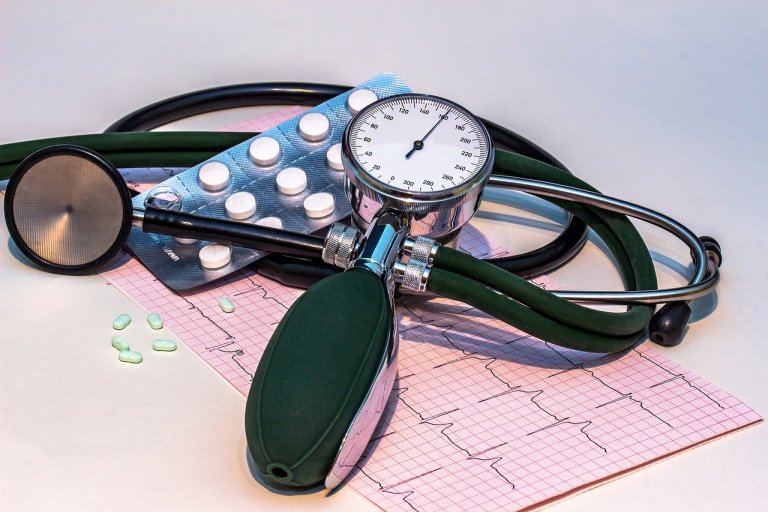 does aspirin lower blood pressure,