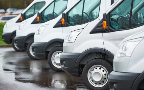 Running a Fleet of Vehicles? 6 Easy Ways to Save on Fleet Costs