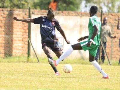 Frank Kalanda scores, Enock Walusimbi sent off - Onduparaka 1-1 Express Fc