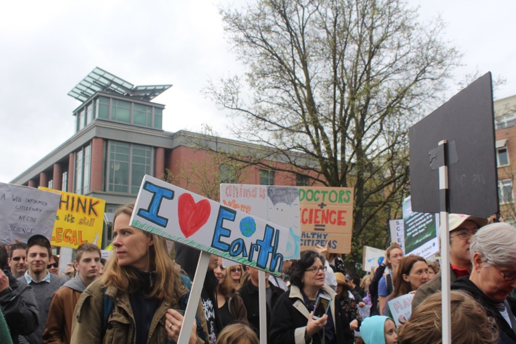 "photo by <span class=""credit credit- ""><a href=""/credit/""Angel/"" title=""View all of this person's work"">""Angel</a></span> More than two thousand Princeton residents gathered on April 22 to address the need to accept scientific facts to combat recent scientific issues in America"